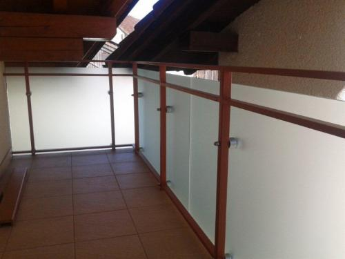 steklarstvo-tamse-steklene-ograje-1