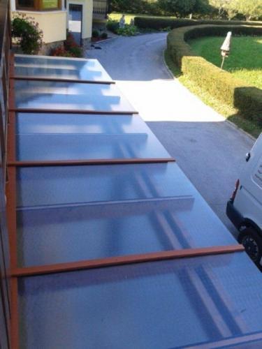 steklarstvo-tamse-steklene-strehe-3